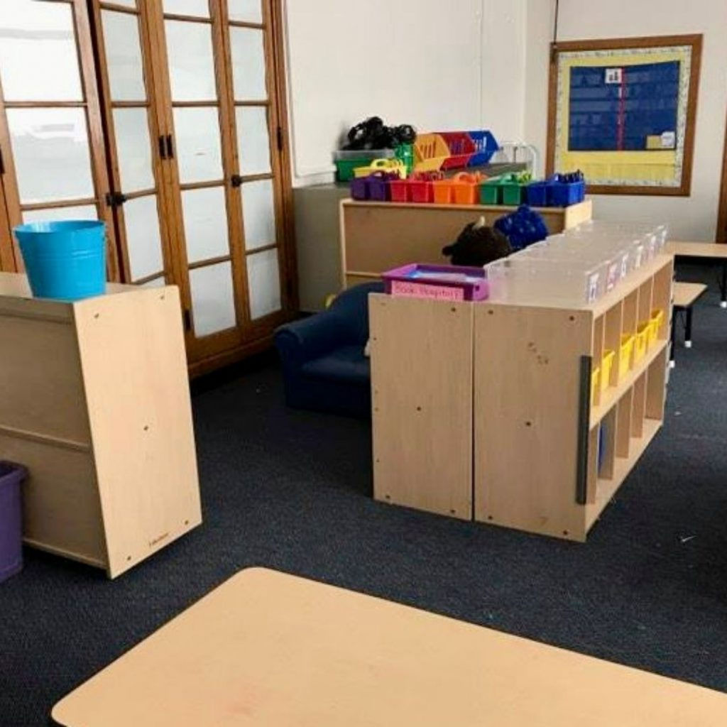 setting-up-the-classroom
